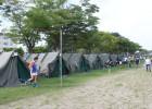 自衛隊のテントに宿泊です。